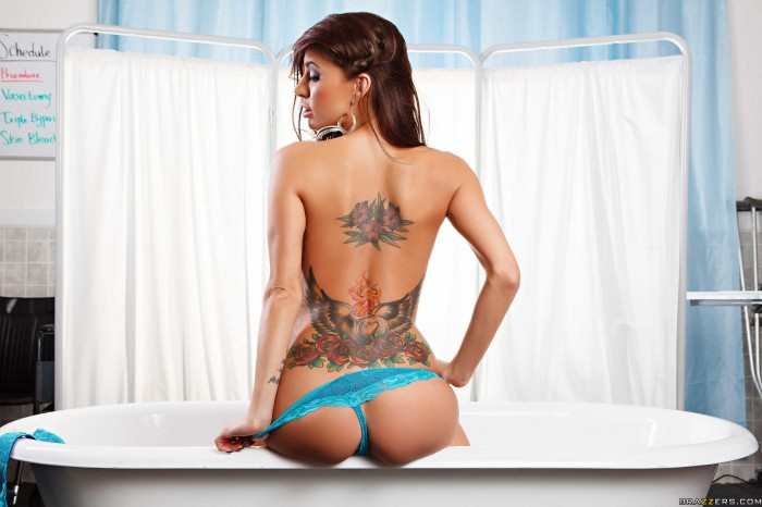 Gia Dimarco Back Tattoo